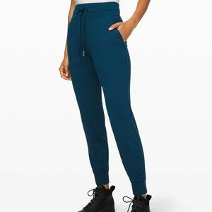 Lululemon Ready to Rulu Pant in Night Diver